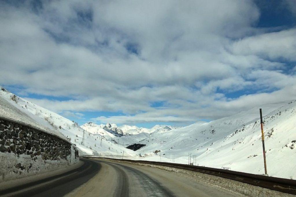 путешествие на автомобиле - Ливиньо, Италия