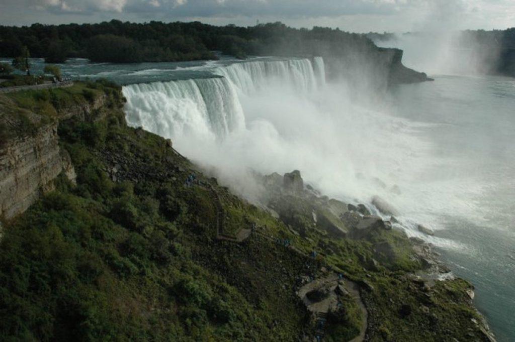 путешествие на автомобиле - Ниагарский водопад